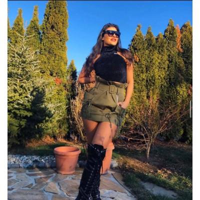 Зелена дънкова пола с висока талия